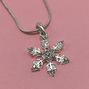 Snowflake crystal silver necklace christmas